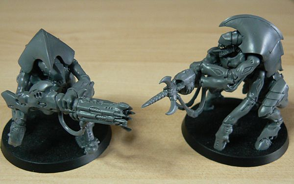 Hive Guard weapons ready for action